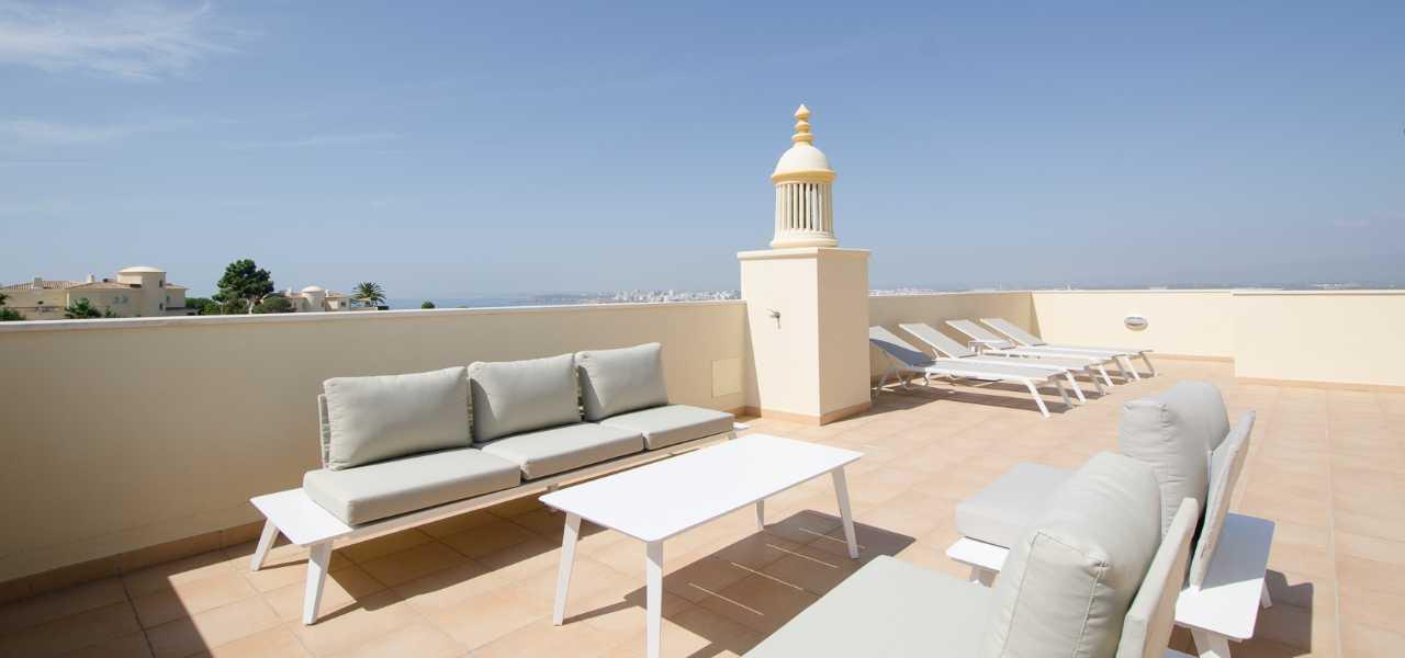 Ruhige 3-SZ Penthouse-Wohnung mit atemberaubender Aussicht bei...