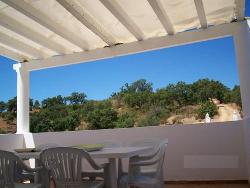 Quinta style villa, enjoying fabulous views over the mountains