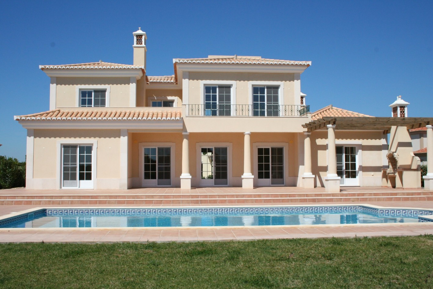 New built 4-bedroom Golf-front villa in a 5-Star Golf resort