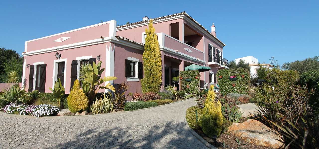 Stunning detached villa for sale near Almancil